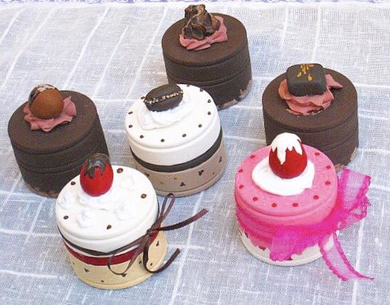 スイーツデコのバレンタインカップケーキづくり