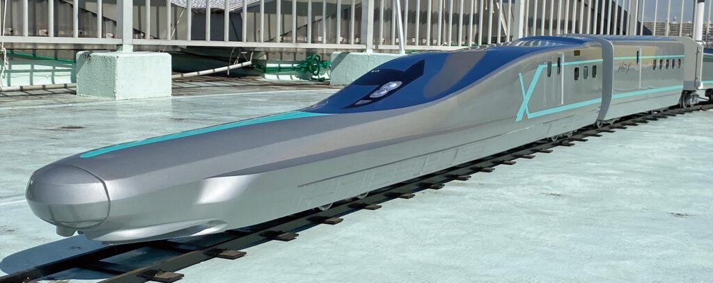 ミニ新幹線ALFA-X登場